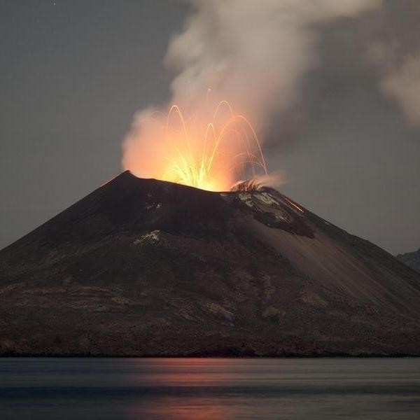 10 of the Biggest Volcanic Eruptions in History